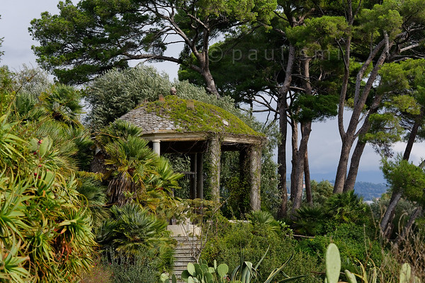 [ITALY.LIGURIA 28998] 'Kiosk in Hanbury Gardens'.'  	Kiosk in the Hanbury Botanical Gardens which houses the mechanism of a local mill. The garden is located on the Côte d'Azur near Ventimiglia. Photo Paul Smit.