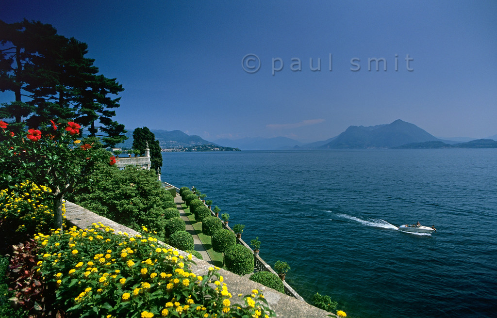 [ITALY.PIEMONTE 01677]  'The gardens of Isola Bella.'  The 'beautiful island', main sight of the Lago Maggiore, is a man made piece of art. Its garden has no double in the world. Photo Paul Smit.