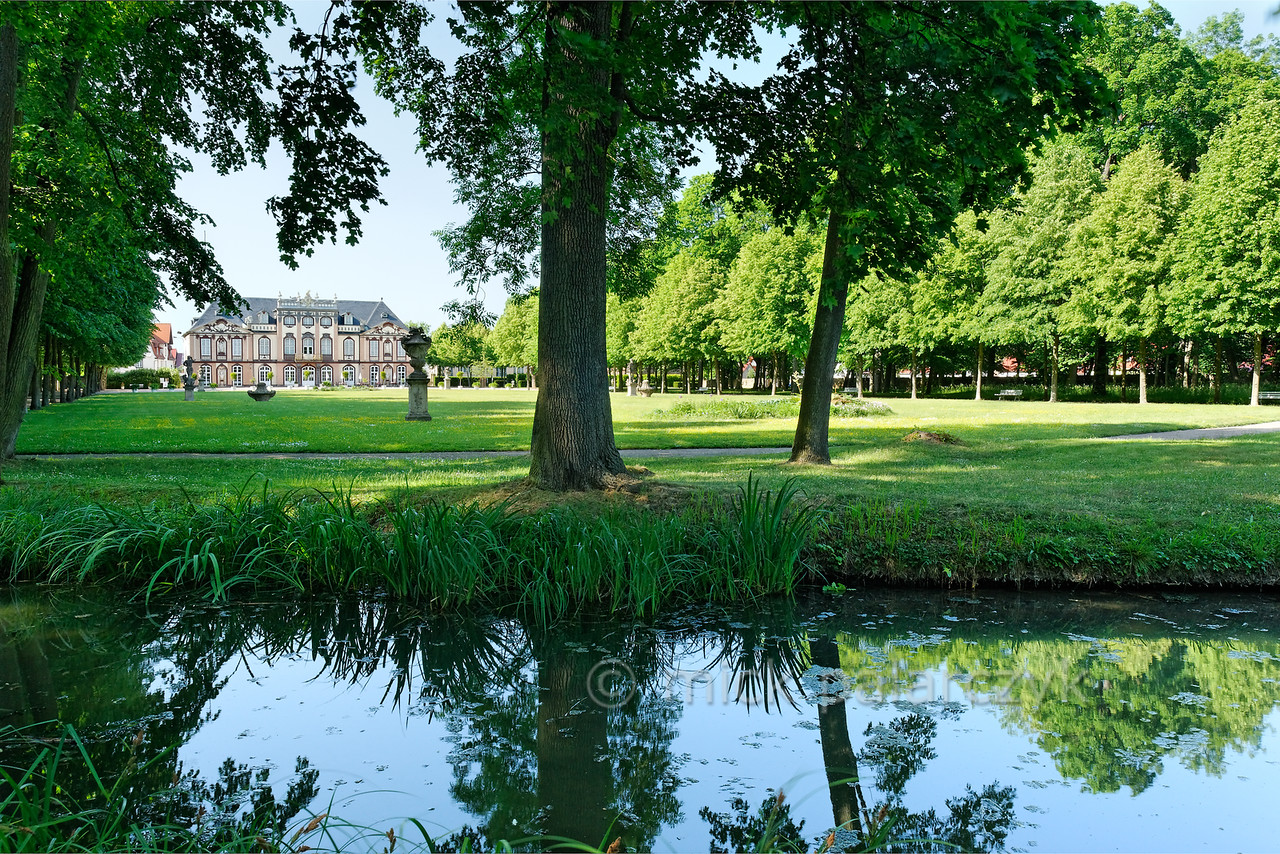 Garden of Molsdorf Castle.