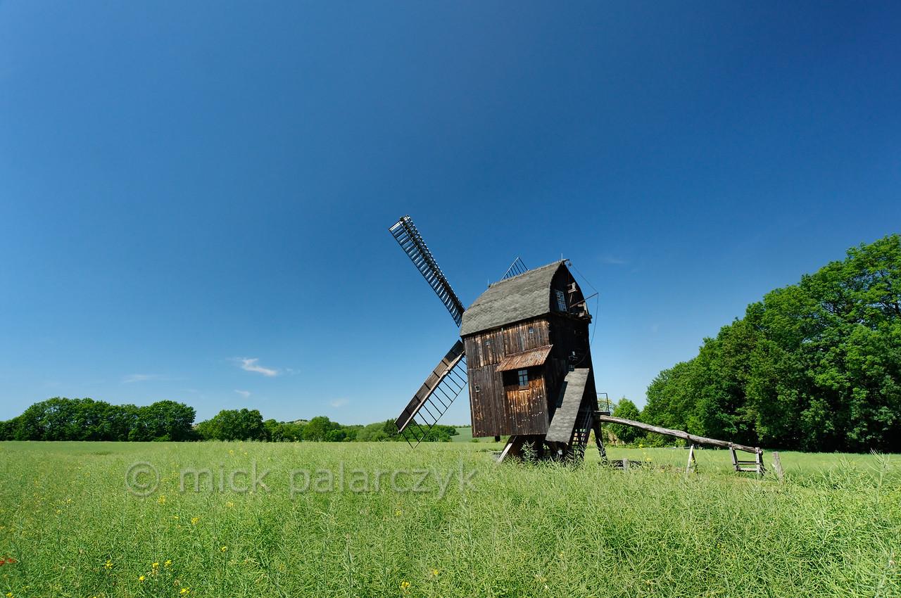 Post mill of Ballstädt.