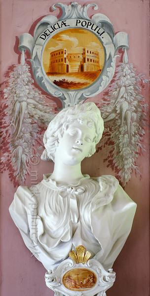 Bust in Baroque ballroom of Schloss Tenneberg.