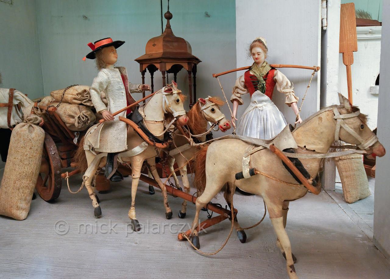 Horse cart in puppet town Mon plaisir in Arnstadt.