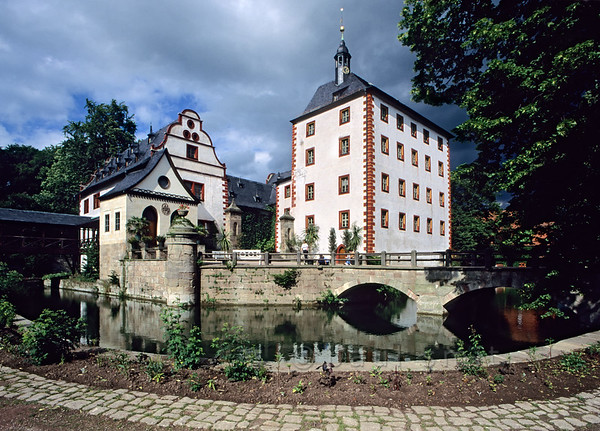 Castle at Grosskochberg.