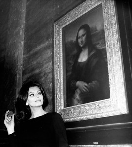 Sophia Loren & The Mona Lisa 1964