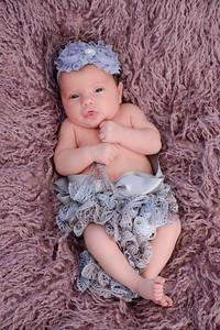 Newborn - Reyenger -0012