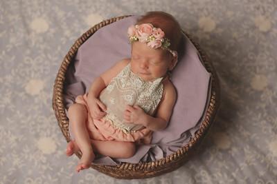 Hannah Rathgeber- Newborn