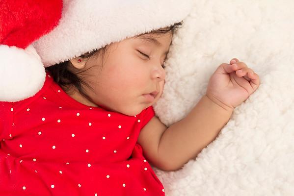 Baby Christmas Photos - Saraya