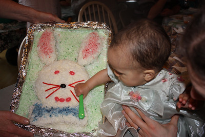 Bibi made me an Easter cake - too bad I couldn't eat it!