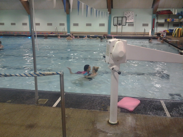 Esther's swimming lessons!