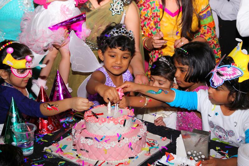 Kids birthday photography