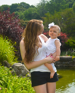 Family Portraits in Central New York, Family Photography Central New York, Family and Children Photography in Central New York, Mariana Roberts Photography, Mariana Roberts Family and Children Portraits, Father and Son Photography New York, Mariana Roberts Family Portrait Studio