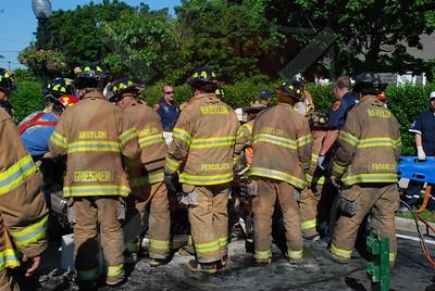 Babylon F.D. MVA w/ Entrapment and Medivac I/F/O Boyds Funeral Home 5/30/09