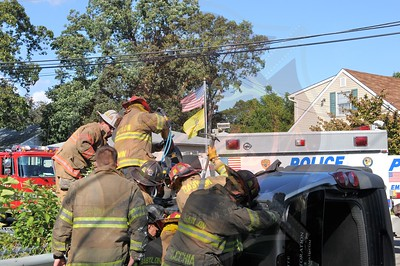 Babylon F.D. MVA w/ Overturn and Entrapment Park Ave. and Litchfield Ave. 9/25/12