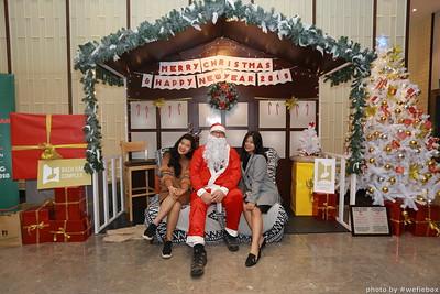 BachDangComplex-ChristmasPhotobooth-Chup-hinh-in-anh-lay-lien-Giang-sinh-tai-Da-Nang-WefieBox-Photobooth-Vietnam-047