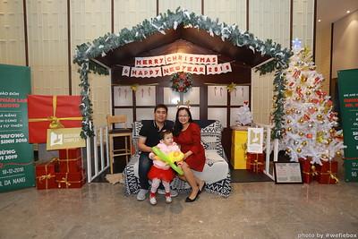 BachDangComplex-ChristmasPhotobooth-Chup-hinh-in-anh-lay-lien-Giang-sinh-tai-Da-Nang-WefieBox-Photobooth-Vietnam-030