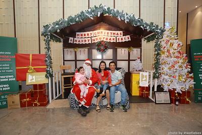 BachDangComplex-ChristmasPhotobooth-Chup-hinh-in-anh-lay-lien-Giang-sinh-tai-Da-Nang-WefieBox-Photobooth-Vietnam-037
