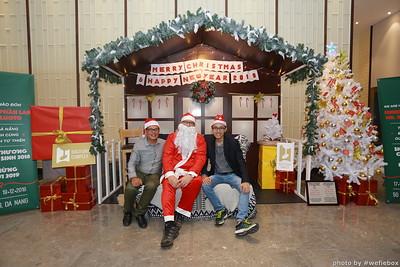 BachDangComplex-ChristmasPhotobooth-Chup-hinh-in-anh-lay-lien-Giang-sinh-tai-Da-Nang-WefieBox-Photobooth-Vietnam-017