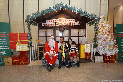 BachDangComplex-ChristmasPhotobooth-Chup-hinh-in-anh-lay-lien-Giang-sinh-tai-Da-Nang-WefieBox-Photobooth-Vietnam-032