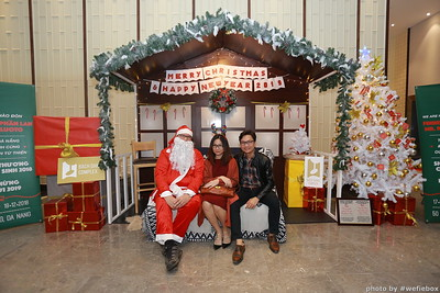 BachDangComplex-ChristmasPhotobooth-Chup-hinh-in-anh-lay-lien-Giang-sinh-tai-Da-Nang-WefieBox-Photobooth-Vietnam-010