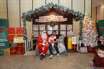 BachDangComplex-ChristmasPhotobooth-Chup-hinh-in-anh-lay-lien-Giang-sinh-tai-Da-Nang-WefieBox-Photobooth-Vietnam-035