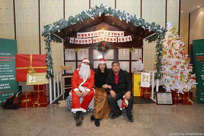 BachDangComplex-ChristmasPhotobooth-Chup-hinh-in-anh-lay-lien-Giang-sinh-tai-Da-Nang-WefieBox-Photobooth-Vietnam-011