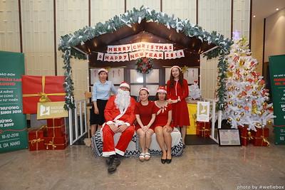 BachDangComplex-ChristmasPhotobooth-Chup-hinh-in-anh-lay-lien-Giang-sinh-tai-Da-Nang-WefieBox-Photobooth-Vietnam-016