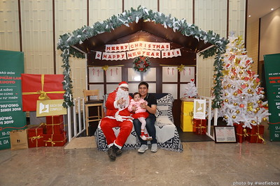 BachDangComplex-ChristmasPhotobooth-Chup-hinh-in-anh-lay-lien-Giang-sinh-tai-Da-Nang-WefieBox-Photobooth-Vietnam-036