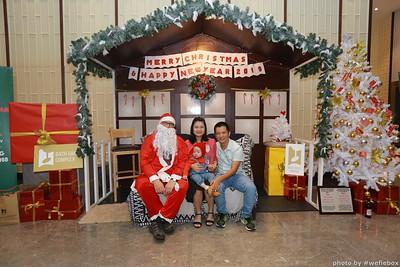 BachDangComplex-ChristmasPhotobooth-Chup-hinh-in-anh-lay-lien-Giang-sinh-tai-Da-Nang-WefieBox-Photobooth-Vietnam-038