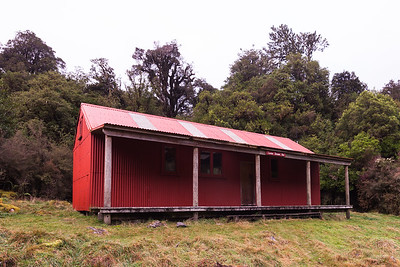 Locke Stream Hut, Arthurs Pass National Park