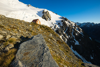 Sefton Bivouac below the Footstool and Tewaewae Glacier