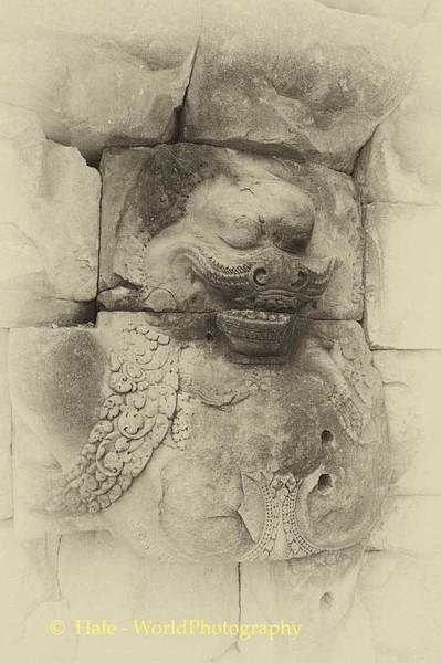 Angkor Thom  Stone Carving