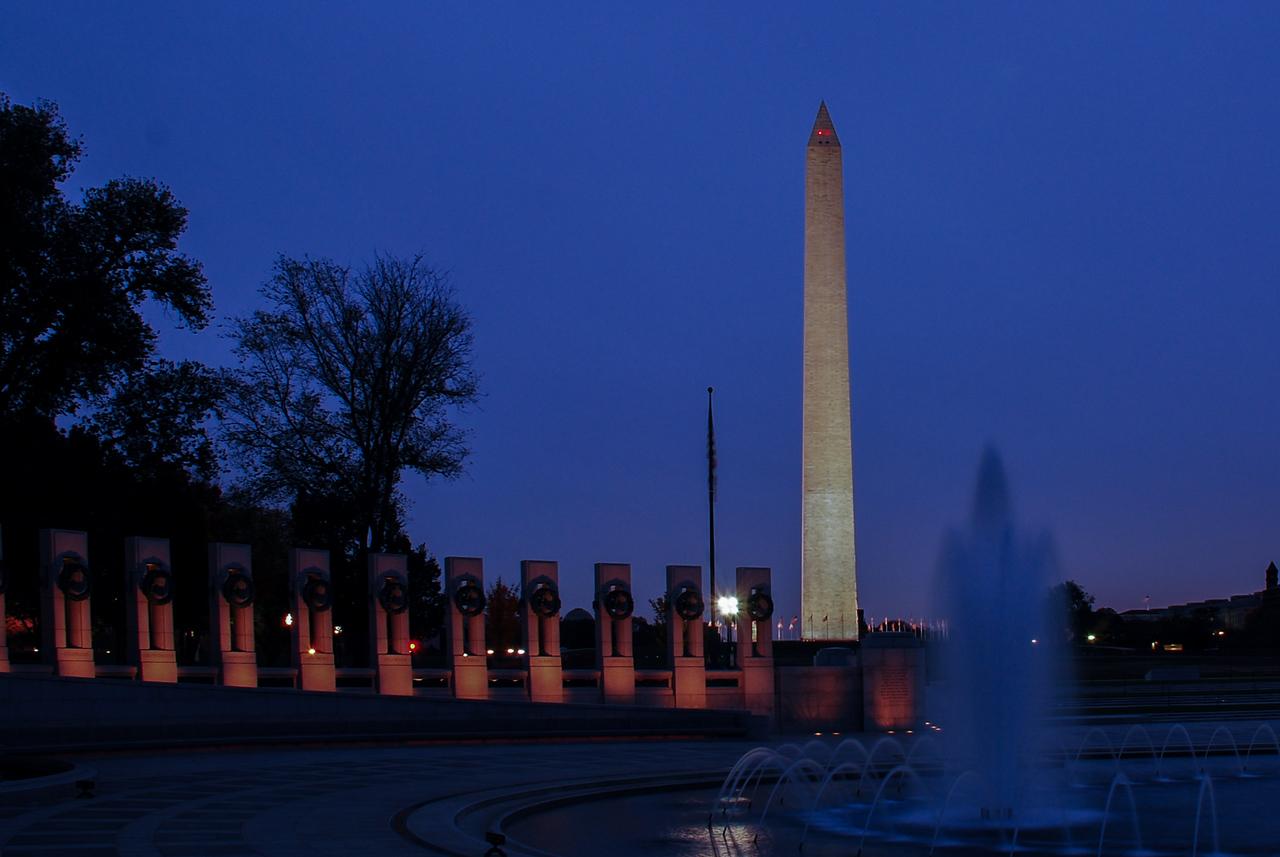 Washington Monument from WW II Memorial