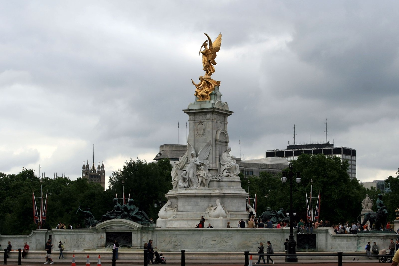 London 301.jpg