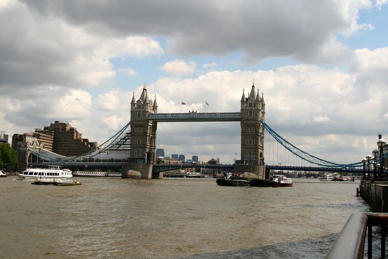 London 409.jpg