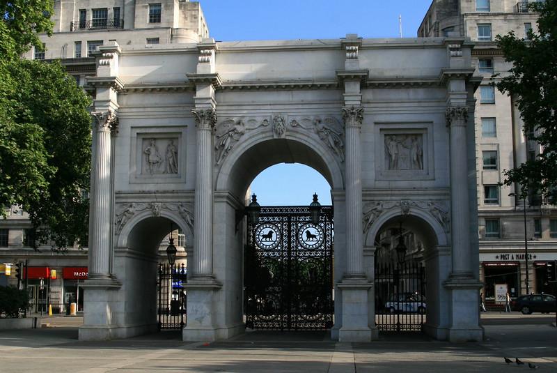 London 233.jpg