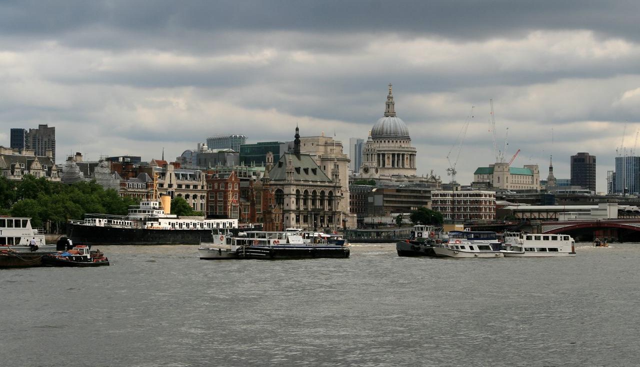 London 391.jpg