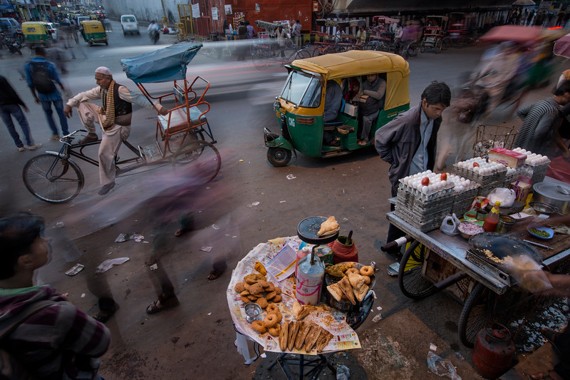 Street vendors next to New Delhi Railway Station