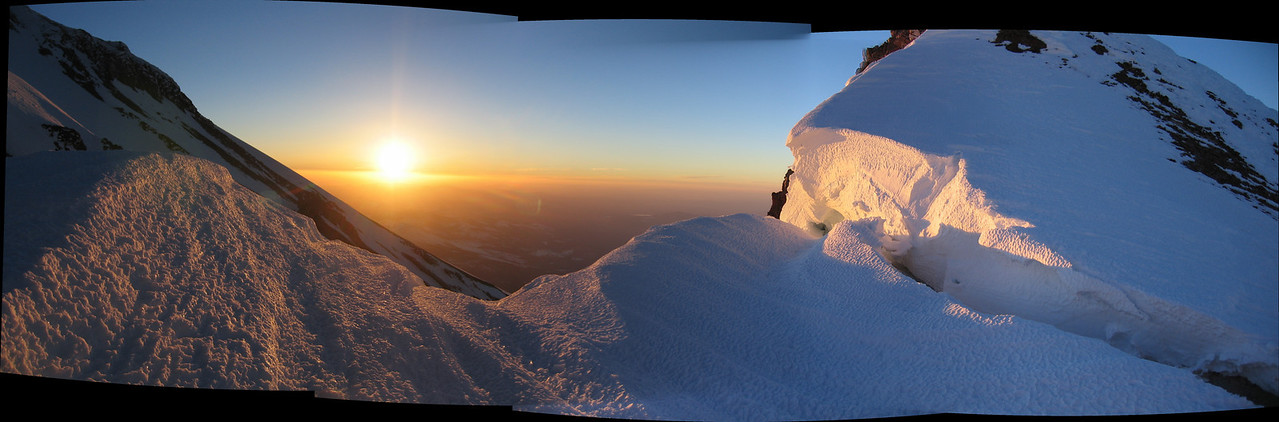 One more of the sunrise at the top of the red banks.