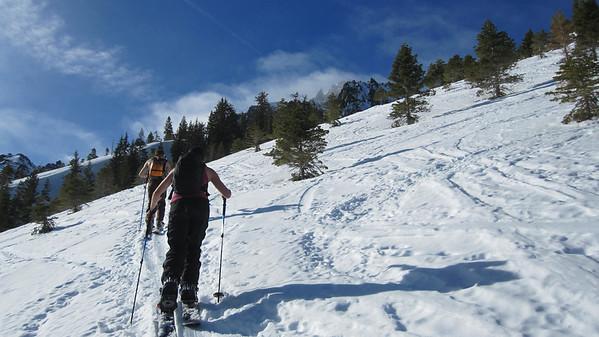 2011.01.16 Mt. Tallac w/ Danielle, Yu, Messie