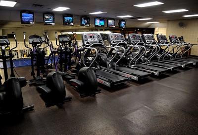 Gym 18 Treadmills