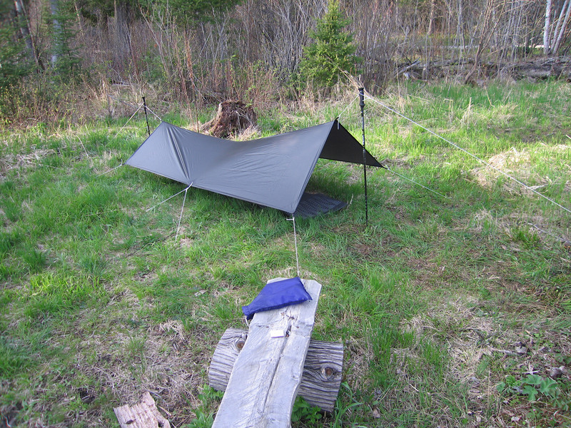Day 3: The first day on my own starting at 11 am, I did 14 miles on the SHT, stopping at 7 pm next to a beaver-infested pond as my water source. I setup my 6x8 Oware Cat Tarp on the driest flattest ground I could find, right next to a big pile of moose poop.