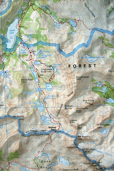 Trail Map: The plan is to start from South Lake trailhead and spend the night in Saddlerock lake then do a cross country hike to Jigsaw Pass bypassing Bishop Pass and camp to Fifth Lake near Big Pine Creek.