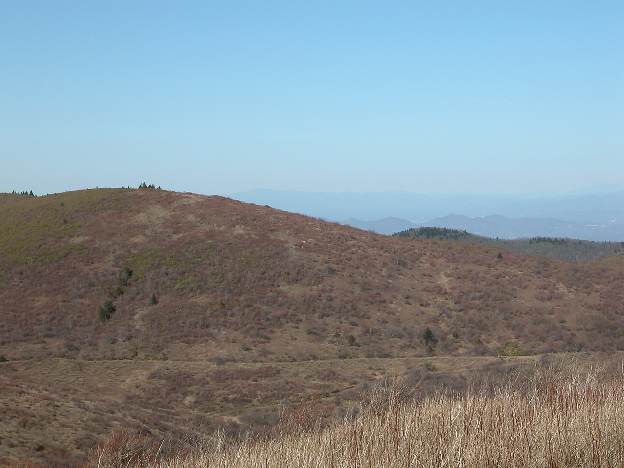 another part of failed attempt at producing a pano from the summit of Tennent<br /> this time looking NE
