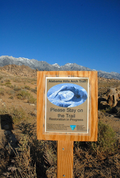 The Arch Trail....this is my first time to wander this trail. I've been to Whitney and to neighboring areas before but never to this famous(so I thought) Arch of Alabama Hills.