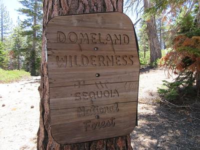 ... the Domeland Wilderness boundary on the ridge (8280').
