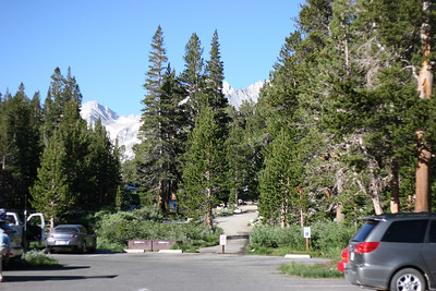 The trailhead that took us to the Little Lakes Valley.