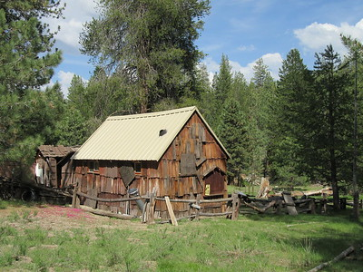 ... the old Ranger Station where Carol, Lynn and Bonnie of Backcountry Horseman of California were staying.  Besides working on the Clicks Creek Trail, they did the spring cleaning in the cabin after some critter got in there over the winter and made a big mess.