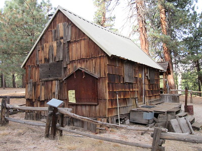 ... the old ranger station, on which volunteers from Backcountry Horsemen recently installed a much needed new roof and smoke stack (the latter, almost out of view).