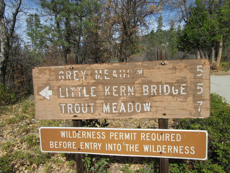 The southern half of California was very hot for a Thanksgiving week, and so the Golden Trout Wilderness in the southern Sierra was wonderfully mild for so late in November.  I once again started from Jerky Trailhead (5930') and ...
