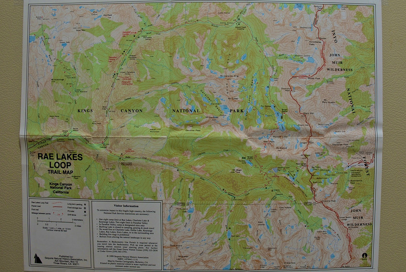 Map of our route. We did clockwise direction with Upper Paradise valley as our first campsite. Second day we camped a little further of Woods Creek and decided to camp at Charlotte lake for our third day just passing Rae Lakes. Then heading back to the trailhead(Road's End) the next day.